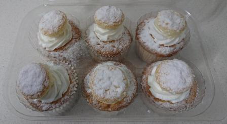 Vanilla Angel Cupcakes R26.50